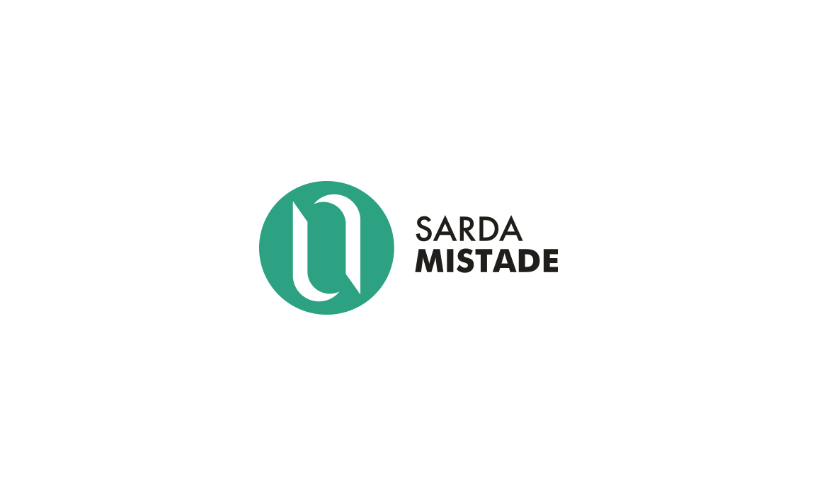 Il logo rappresenta la stilizzazione della Sardegna con riferimento al concetto di collaborazione, riciclo, yun e Yang e amicizia.