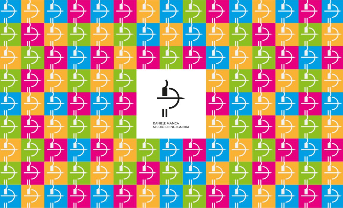 Logo Daniele Manca Studio, utilizzo del.modulo con i colori primari.