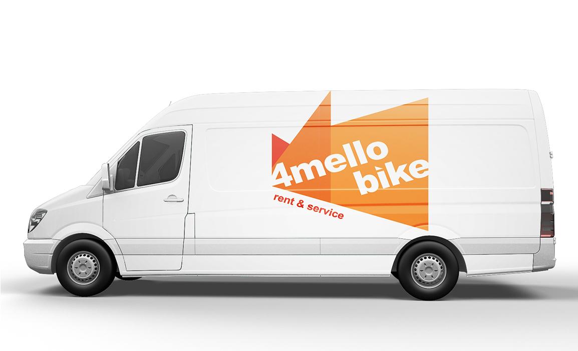 Studio del logo applicato su un furgone (mockup).