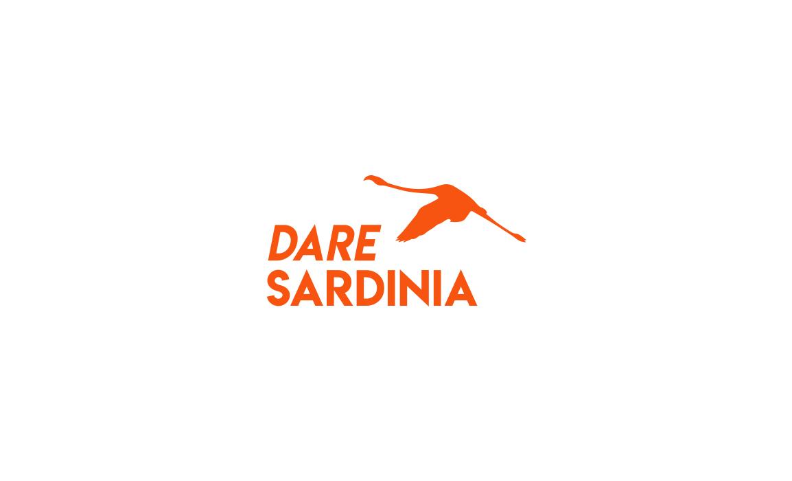 Versione alternativa del logo con il fenicottero sardo.