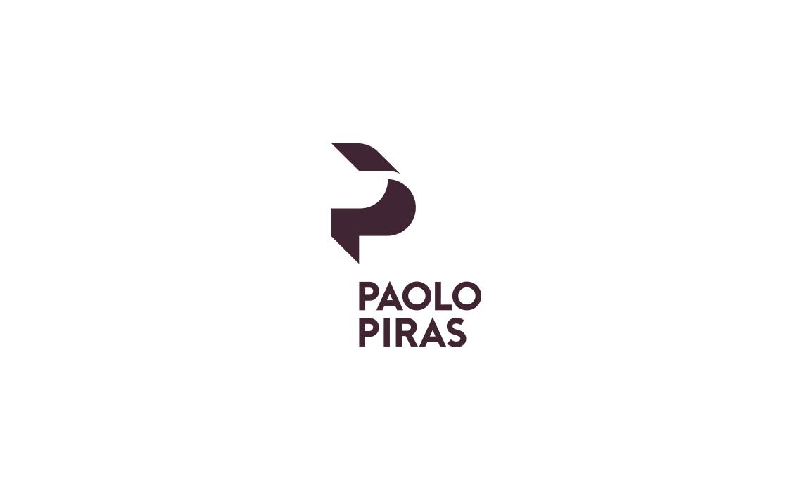 Il restyling del logo Paolo Piras si evolve intorno al vecchio concept in cui le 2 P affiancate disegnavano dei piani ortogonali a 45°.