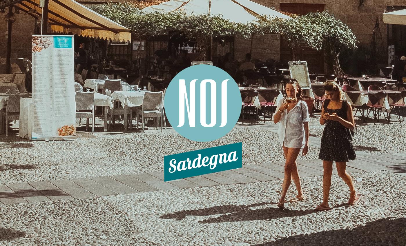 Trattandosi di un magazine online, il concept NOI Sardegna si basa su un approccio prettamente tipografico, per lasciare spazio ai contenuti dei post, che saranno i veri protagonisti della comunicazione.
